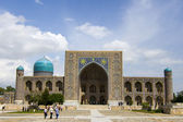 Tilla-Cali in Registan Square in Samarkand, Uzbekistan — Stock Photo