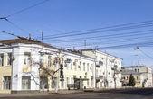 Edifícios antigos em uma rua em samara — Fotografia Stock