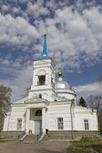Old church in the cemetery in Gorodets — Stockfoto