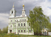 Nikitskaya Church in Vladimir before the storm — 图库照片