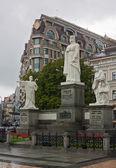 Monument to Princess Olga, Kiev — Stock Photo