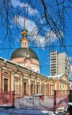 教会的烈士艾琳在 pokrovskoye,莫斯科,俄罗斯 — 图库照片
