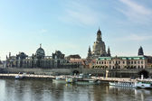 Embankment of the old town of Dresden,Saxony,Germany — Stock Photo