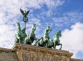 Brandenburg kapısı, berlin — Stok fotoğraf