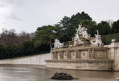 Neptune fountain in Schonbrunn, Vienna — Stock Photo