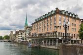 Embankment of Limmat river, Zurich — Foto Stock