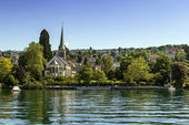 Church on Zurich lake, Switzerland — Stock Photo