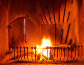 Płomienie ognia w kominku — Zdjęcie stockowe