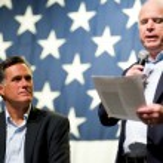 Mitt Romney and Senator John McCain appear at a town hall meetin — Stock Photo #36786723