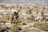 Pumping oil in Kern County, California — ストック写真