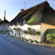 Thatched cottage in Lulworth village dorset england — Stockfoto