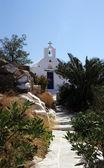 ギリシャの古典的な教会で ios — ストック写真