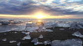 Jokulsarlon Iceberg Beach Iceland — Stock Photo