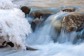 川の氷の。冬の川 — ストック写真