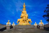 The golden buddha of Emeishan peak. Sichuan. China — Stock Photo