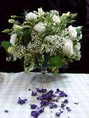 Roses and Gypsophillia in Bouquet — Stock Photo
