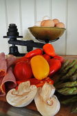 Old Fashioned Scales with Eggs and Vegtables — Stock Photo
