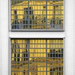 Mirror facade — Stock Photo #39810733