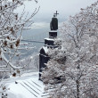 Monument to Prince Vladimir in the snow — Stock Photo