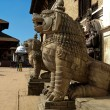 Sculptures of lions near the 55-window palace in Nepal — Stock Photo