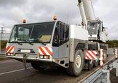 100 tun jeřábu je připraven k provozu — Stock fotografie