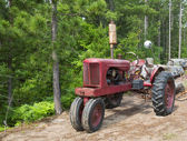 Rusty tractor — Stock Photo