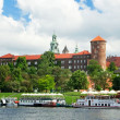 wawel royal castle and vistula river in krakow — Stock Photo