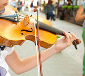 Play on violin — Stock Photo
