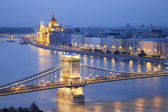 Image of Budapest, capital city of Hungary, during twilight blue hour. — Stock Photo