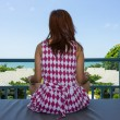 Woman sit and relaxing in balcony sea view — Stock Photo