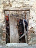 Ruins of Abandoned house. Crete, Greece. — Stock Photo