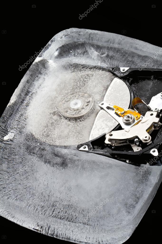 http://st.depositphotos.com/1634023/1867/i/950/depositphotos_18674889-Hard-drive-frozen-in-an-ice-block.jpg