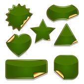 Sada prázdné zelené nálepky izolovaných na bílém pozadí. — Stock vektor