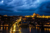 Prague Castle, Charles Bridge and Vltava, Prague, capital of Czech Republic — Stockfoto