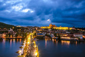 Prague Castle, Charles Bridge and Vltava, Prague, capital of Czech Republic — Foto de Stock