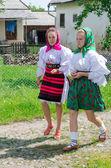 Women in national port, Romania — Stock Photo