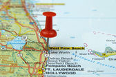 Push pin pointing at West Palm Beach, USA — Stock Photo