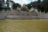 The Neptune Fountain in Schonbrunn garden in Vienna, Austria — Stock Photo