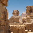 Great Sphinx and Pyramid of Khafre — Stock Photo #26637803