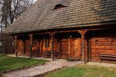 古い木造の伝統的な家 — ストック写真