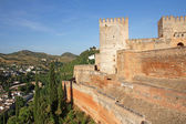 The Alcazaba, fortress- the oldest part of the Alhambra, Granada — Foto Stock