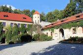 Courtyard of Pieskowa Skala Castle near Krakow, Poland — Stock Photo