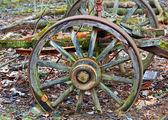 Old wagon wheel — Stock Photo