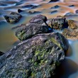 Mossy rock river — Foto Stock