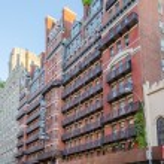 Hotel Chelsea, New York City — Stock Photo #28956063
