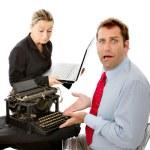 werkgever en werknemer met computerproblemen — Stockfoto