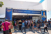 Rio de Janeiro Brazil April 26 2013 Front view of entry and visitors on Arnold Classic Brasil 2013 — Zdjęcie stockowe