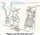 Científico del granjero con mezcla de alimentación. — Foto de Stock