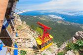 Ropeway in Yalta leading to the top of Ai-Petri mountain, Crimea. Ukraine — Stock Photo