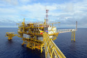 The offshore oil rig. — Stock Photo